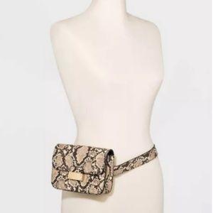 A New Day l Snake Skin Belt Bag